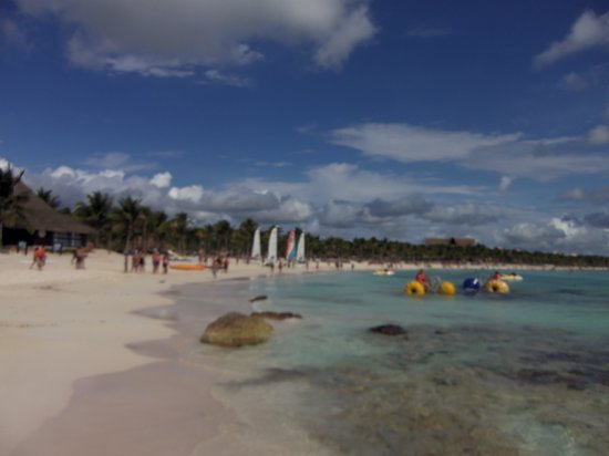 Barcelo Maya Tropical:                   beautiful beach