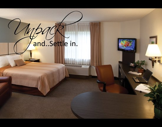Candlewood Suites Houston-At Citycentre-Energy Corridor: Unpack and Settle In
