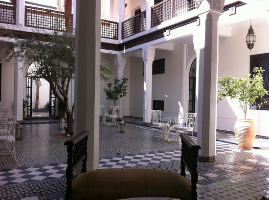 Bellamane, Ryad & Spa:                   A view of the central courtyard in the Ryad