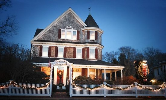Palmer House Inn: Front of the Palmer House