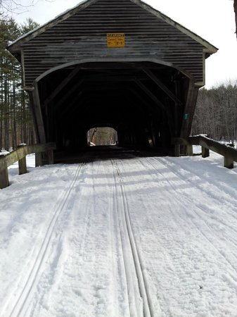 Fryeburg, Мэн:                   ITS80 covered bridge