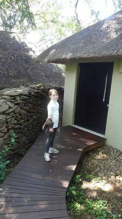 Lion Sands River Lodge: Entry to our room, #10
