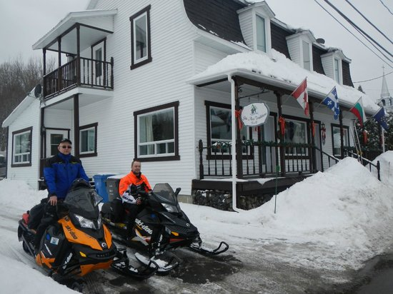 Aux Traditions:                   Snowmobile Heaven