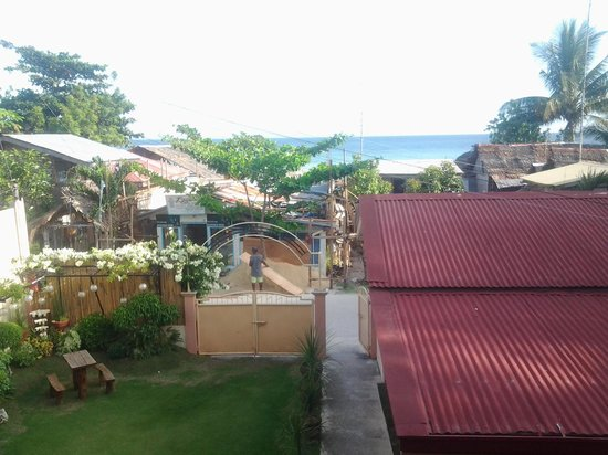 Malonzo Pension House:                   view from upstairs room