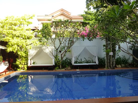 Hilary&#39;s Boutique Hotel: Autre vue piscine