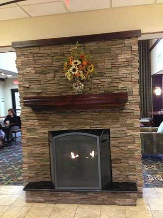 Staybridge Suites Hot Springs : lobby
