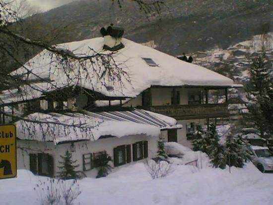 Country House Dolomiti :                   inverno 2011
