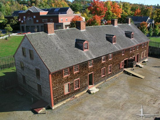 Old Fort Western (Augusta, ME): Address, Phone Number, Military Base & Facility Reviews ...