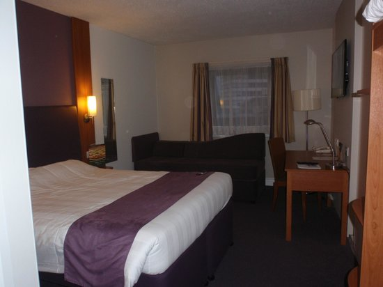 Premier Inn Glasgow City Centre South: Bedroom