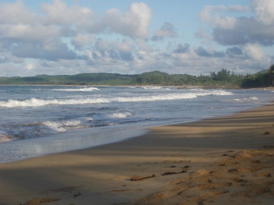 Luquillo Sunrise Beach Inn:                   Looking East