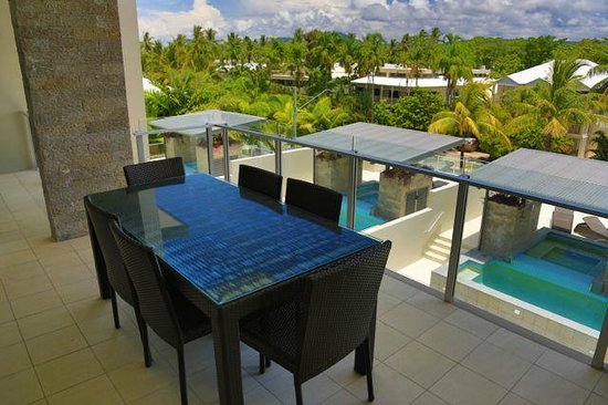 Coconut Grove Apartments: Penthouse Patio