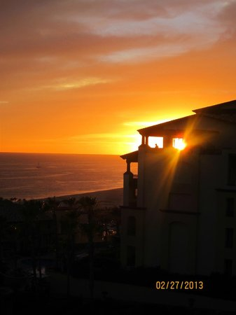 Pueblo Bonito Sunset Beach Golf & Spa Resort:                   amazing sunsets