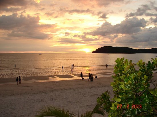 Malibest Resort:                                     Fantastic sunsets out to sea