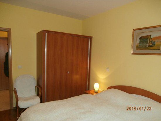 Ciovo Island, Croatia: Bedroom -two bedroom apartment