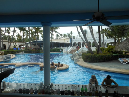 ClubHotel Riu Bambu:                   Pool bar