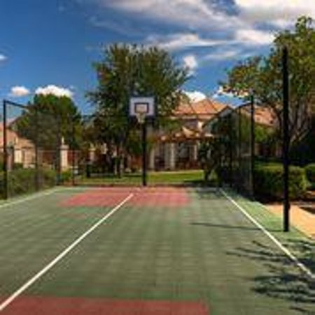 Irving, Teksas: Sport Court