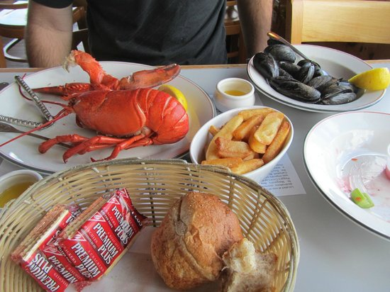 Peggy's Cove, Kanada:                   Lobster Dinner