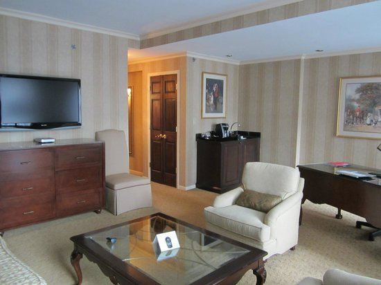 The Talbott Hotel:                   One Bedroom King Suite