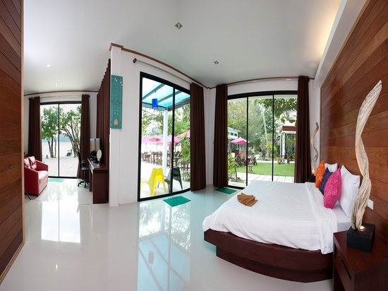 Paradise Resort: Sea View Room