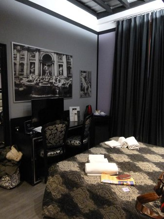 Imperium Suite Navona :                   Inside our room (standing at the door)