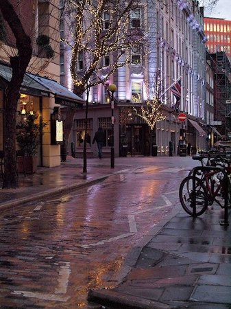 Radisson Blu Edwardian Mercer Street Hotel:                   The front of the hotel after a heavy rain.
