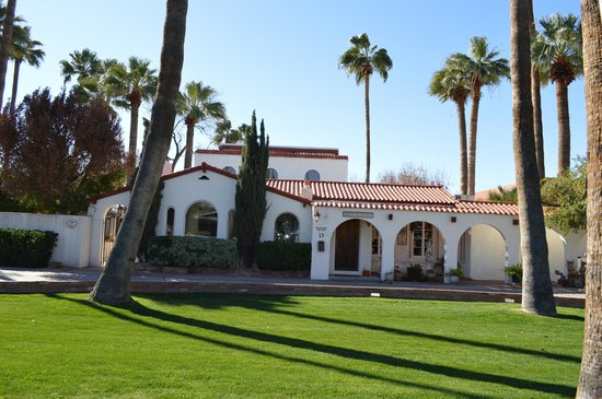 Maricopa Manor Bed And Breakfast