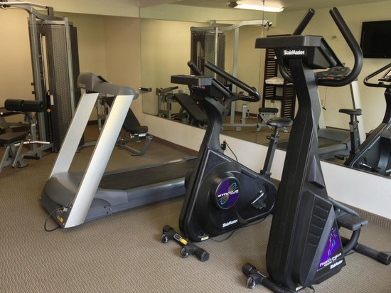 BEST WESTERN Palm Court Inn: Fitness Room
