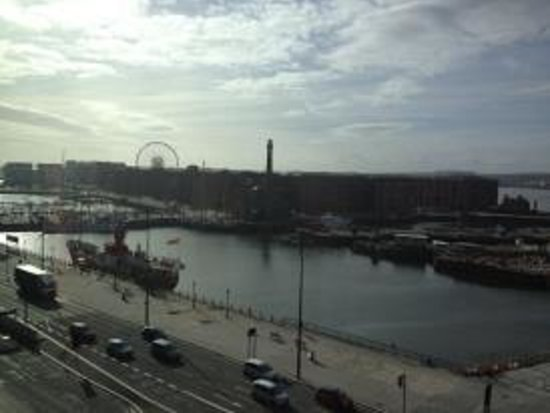 Travelodge Liverpool Central The Strand:                   View from our floor when stepping out of the lift.