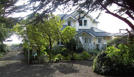 Mendocino Seaside Cottage