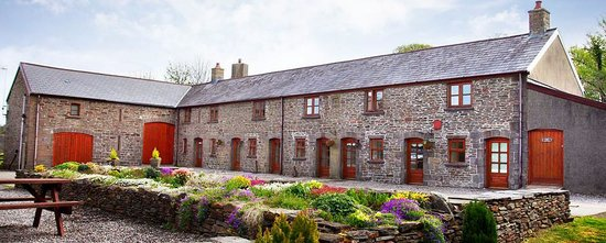 Cilhendre Fawr Farm Cottages