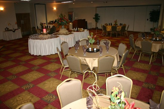 Clarion Inn: Great for weddings and reunions