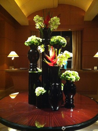 Four Seasons Hotel Miami :                   Beautiful flowers!