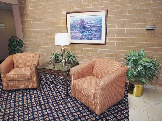 La Quinta Inn Oshkosh: Interior2