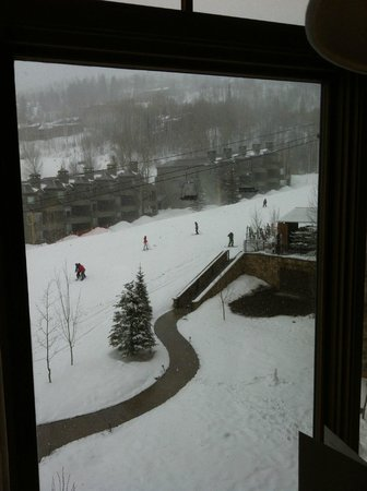Viceroy Snowmass:                   Room View