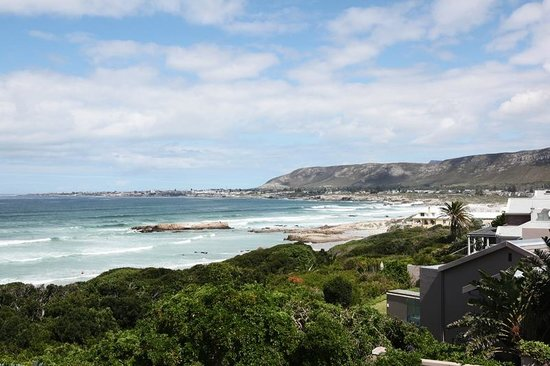 Hermanus Beach Villa:                                     View from the Bayview Suite