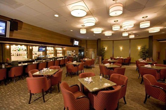 Doubletree by Hilton Seattle Airport: Seaports Lounge