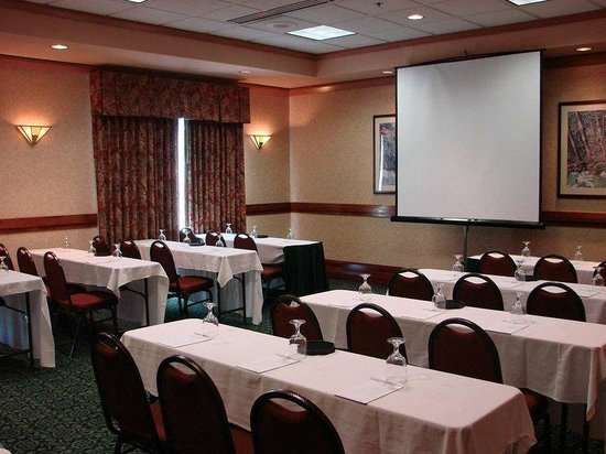 Embassy Suites Hotel Little Rock: Classroom Set-up