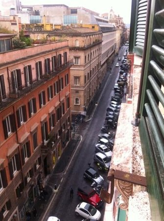 Domus Livia Suites:                   view to street below
