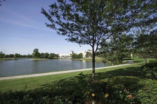 Hilton Garden Inn Wichita: Bradley Fair Lakeside