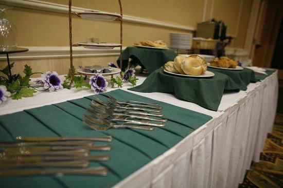 Hilton Garden Inn Edison/Raritan Center: On-site Catering