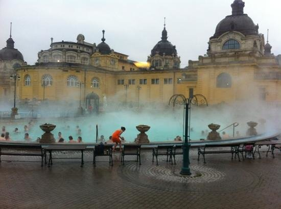 Leonardo Hotel Budapest:                   Szecheny Thermal Baths