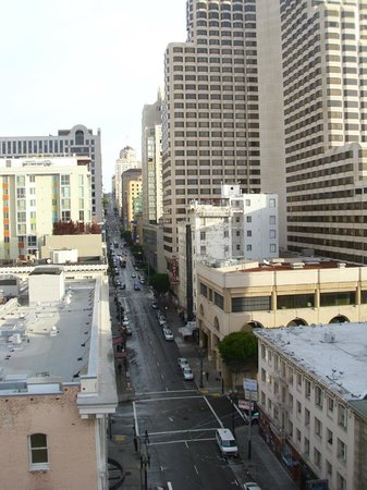 Hotel Metropolis: View up Mason Street  from 9th floor (toward O'Farrell)