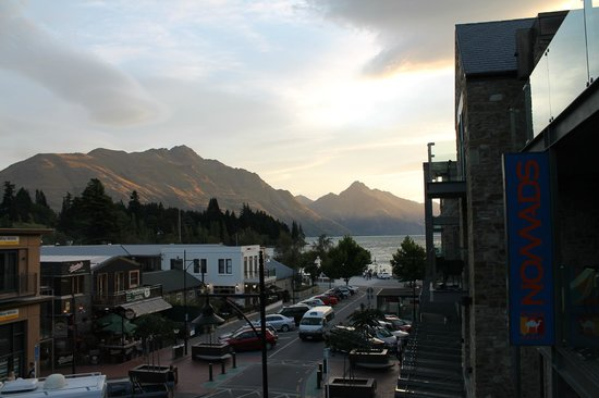 Nomads Queenstown Backpackers:                   Awesome view from room