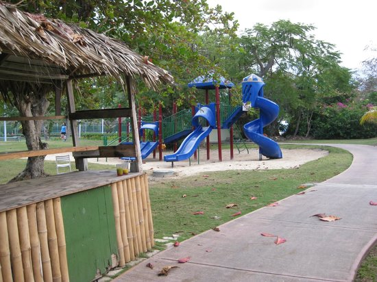 Hilton Rose Hall Resort & Spa: Kids park