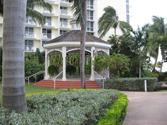 Hilton Rose Hall Resort & Spa: Wedding Gazebo