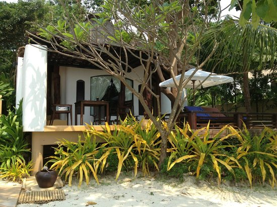 Paradee Resort & Spa Hotel: My villa by the sea