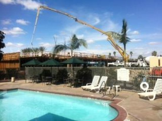 Ayres Inn Orange / Disneyland:                   construction by pool