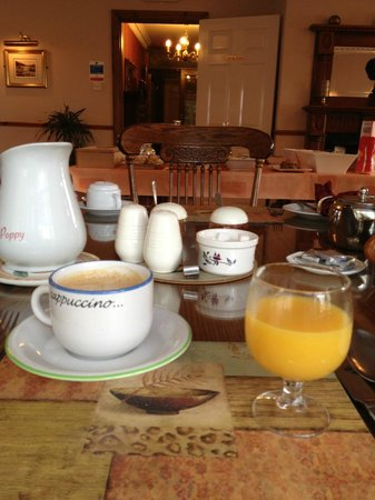 Woodlawn House Killarney: Lovely breakfast