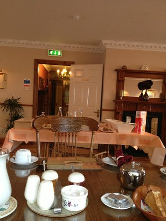 Woodlawn House Killarney: Beautiful breakfast