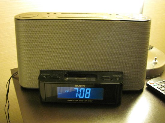 Grande Rockies Resort: ipod docking station
